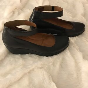 NEW! CLARKS CLARENE TIDE ANKLE STRAP WEDGE SHOE